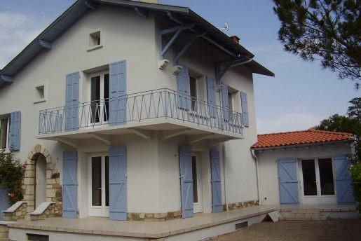 vente maison  332 000  €